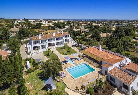 Villa in Mato Serrão, Algarve