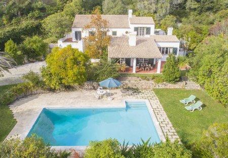 Villa in Corredoura, Lisbon Metropolitan Area