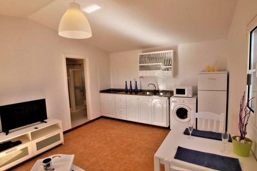 Caleta de Caballo apartment to rent