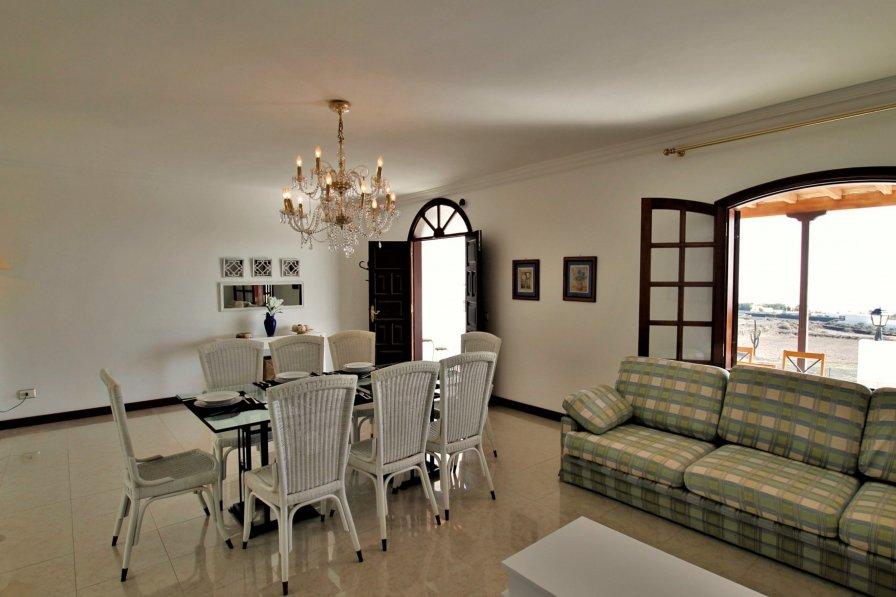 Villa to rent in Tías, Lanzarote