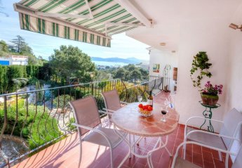 3 bedroom Villa for rent in Llanca Port