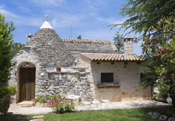 2 bedroom Villa for rent in Castellana Grotte