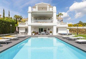 5 bedroom Villa for rent in Marbella