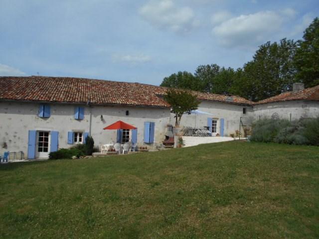 Farm house in France, Brossac