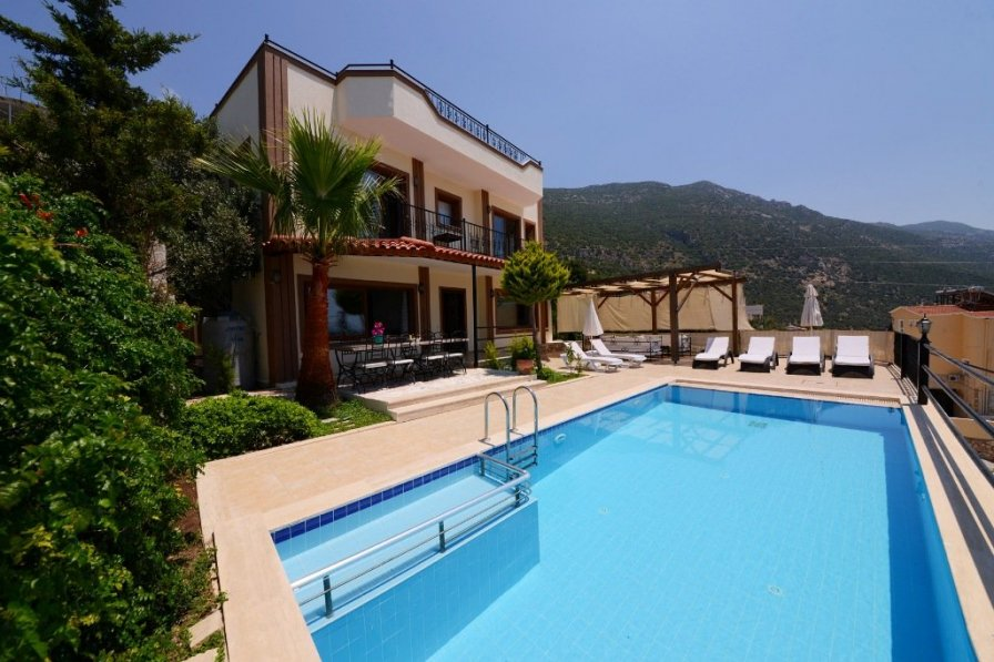 Villa Kalkan Seaview with private pool, close to beach and town