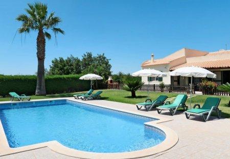 Villa in Ribeira de Alte, Algarve
