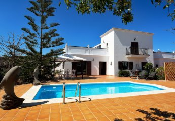 2 bedroom Villa for rent in Yaiza