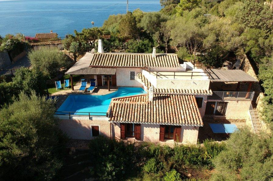 Torre delle Stelle holiday villa rental