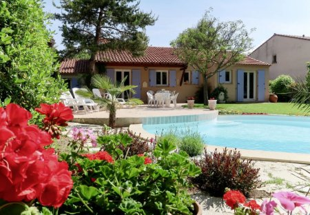 Villa in Centre Ville-Peripherie, the South of France