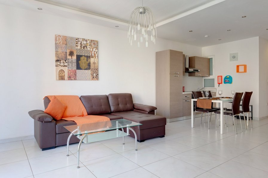 Modern Apartment in the heart of St Julian's
