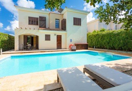 Villa in Neo Chorio, Cyprus