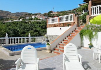 2 bedroom Villa for rent in Almunecar