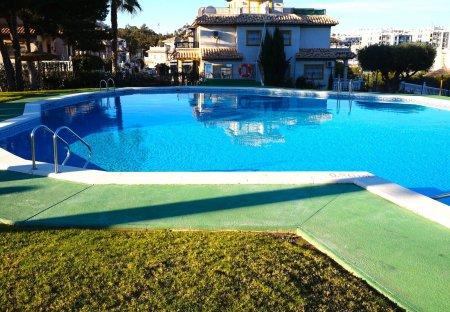 Apartment in Urbanización Blue Lagoon, Spain: