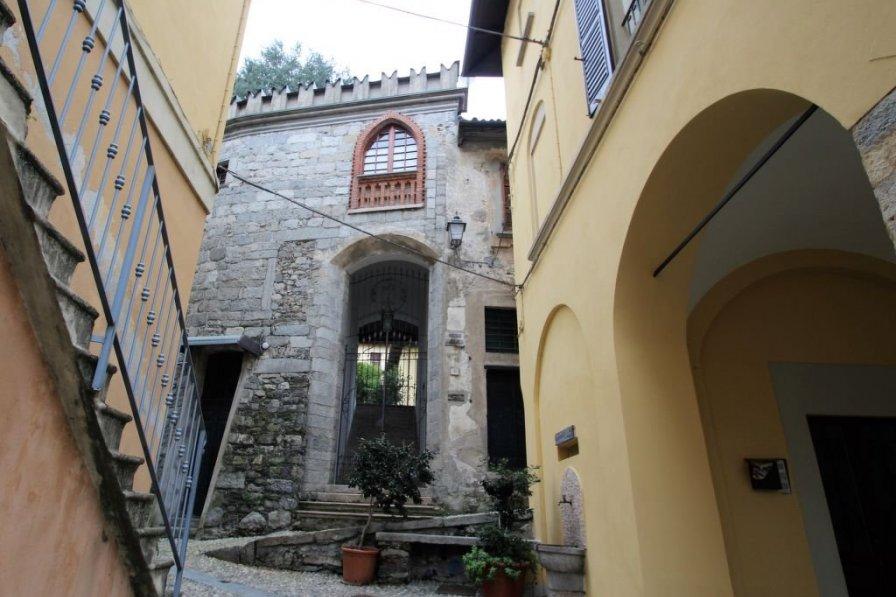Villa in Italy, Lesa