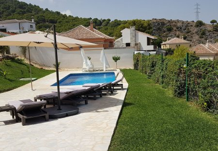 Villa in Pinos de Alhaurín, Spain