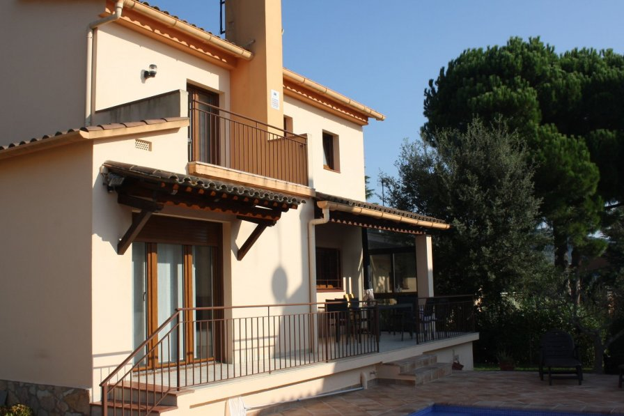 Villa to rent in Riufred, Costa Brava