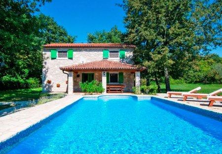 Villa in Veli Golji, Croatia