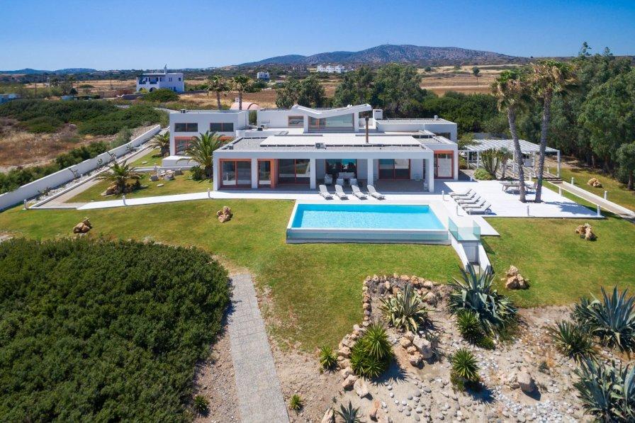 Villa Epta Lachania