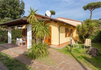 2 bedroom Villa for rent in Pietrasanta
