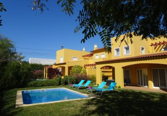 3 bedroom Villa for rent in Boliqueime