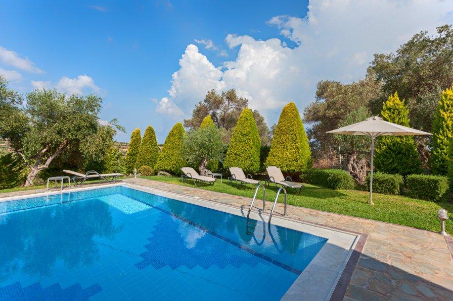 Alkyonides villas- villa Kiikas with private swimming pool!