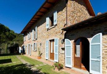 6 bedroom Villa for rent in Cortona