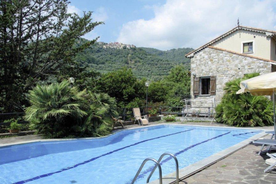 Villa in Italy, Prelà