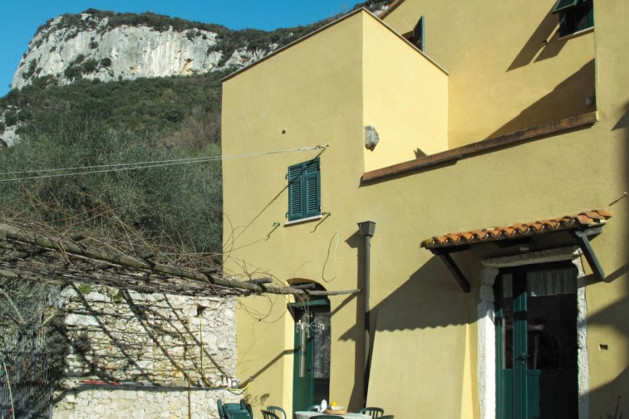 House in Italy, Finale Ligure