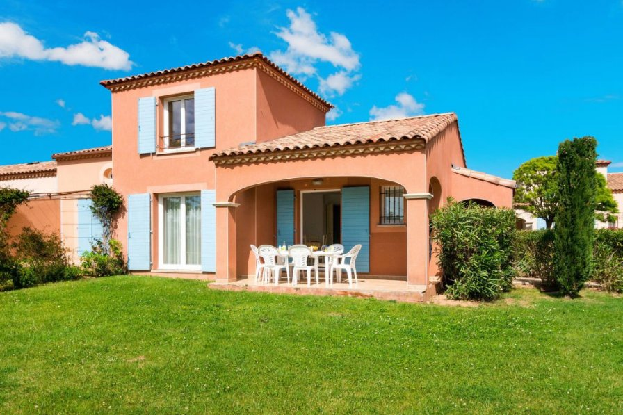 Villa in France, Homps