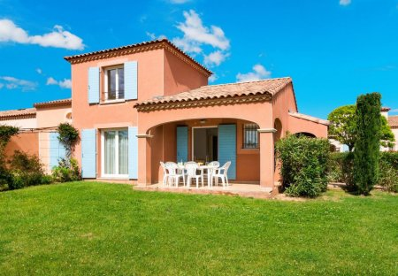 Villa in Homps, the South of France