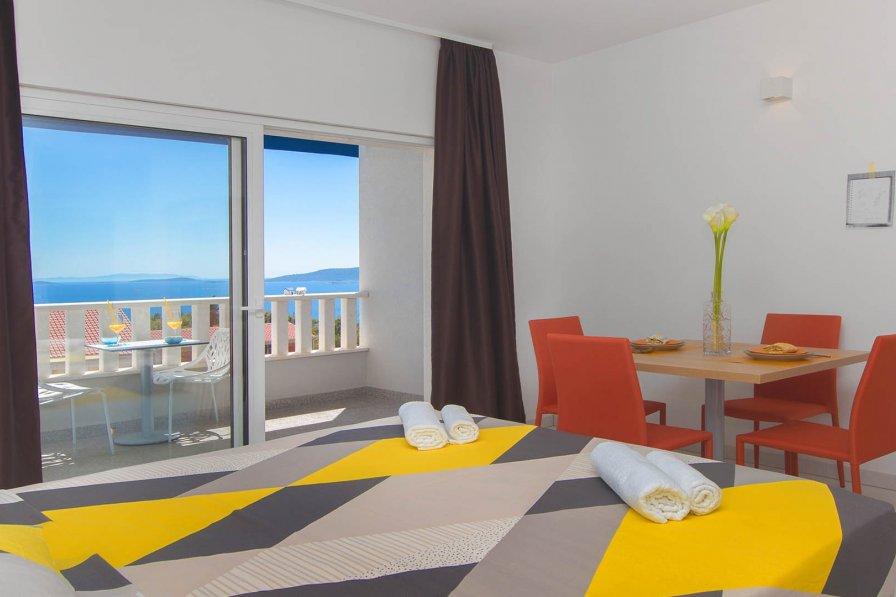 Studio apartment in Croatia, Seget Donji