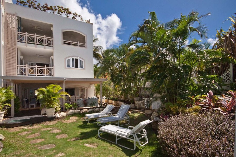 Reeds Bay Apartment