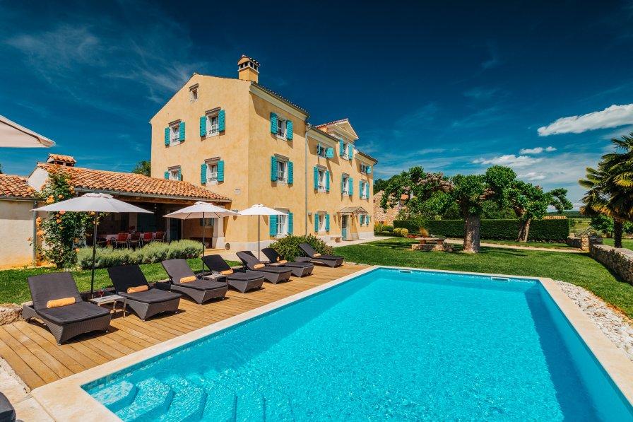 Villa in Croatia, Radini