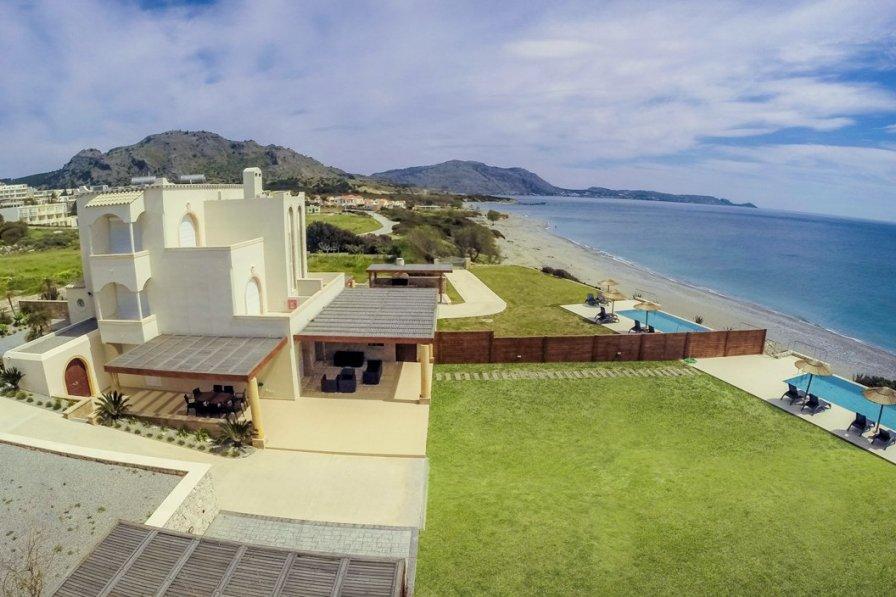 Villa in Greece, Kiotari: DCIM\102GOPRO