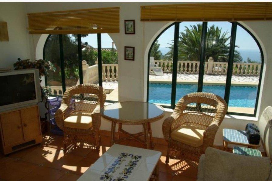 Cumbre del Sol villa to rent