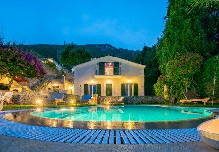 Villa in Benitses, Corfu