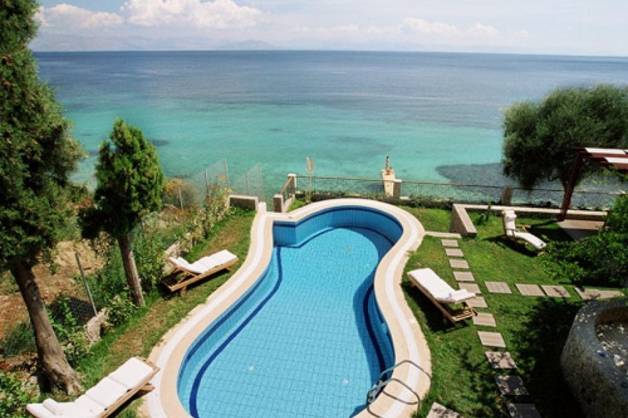 Villa in Greece, Benitses