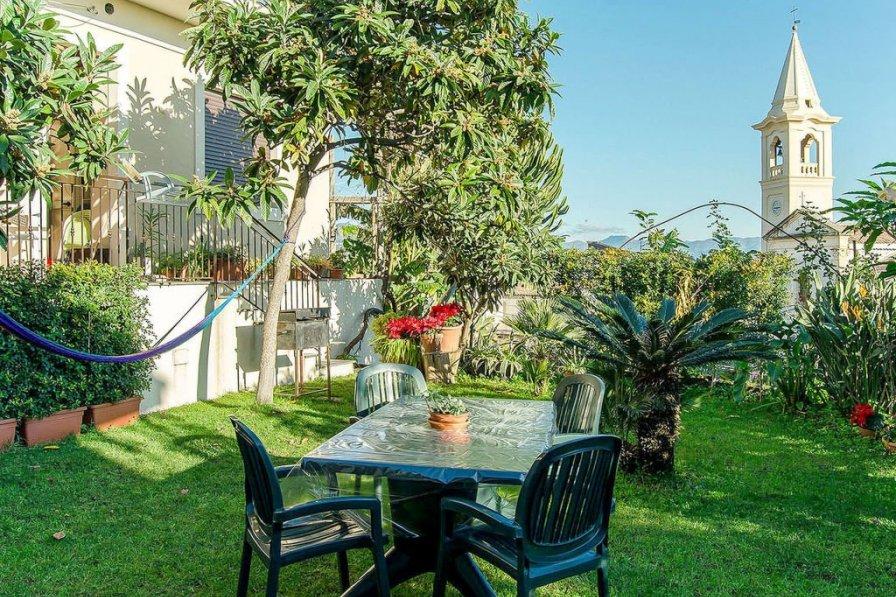 Apartment in Italy, Sant'Antonino
