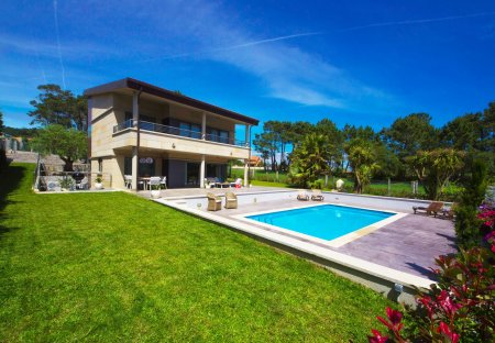Villa in Sanxenxo, Spain