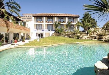 Villa in Falfeira, Algarve