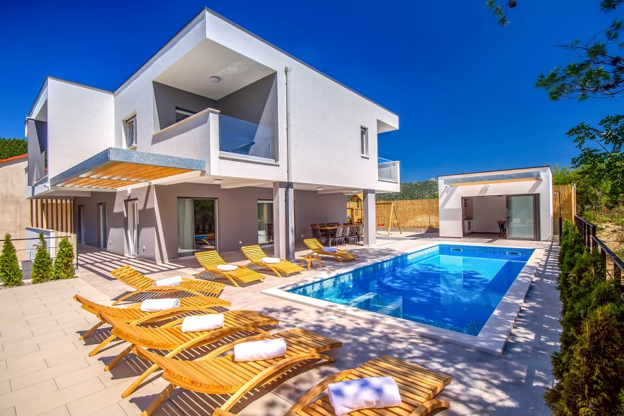 Villa Cetina