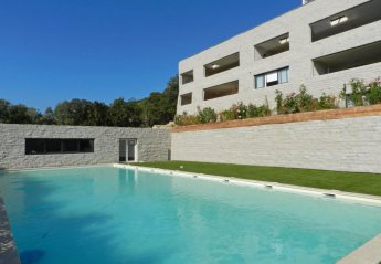 4 bedroom Apartment for rent in Porto-Vecchio