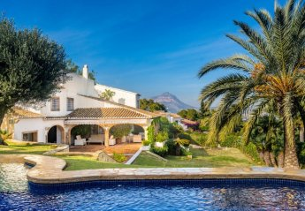 6 bedroom Villa for rent in Javea