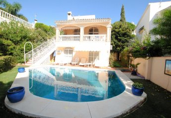 4 bedroom Villa for rent in Sitio de Calahonda