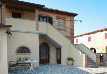 3 bedroom Apartment for rent in Pomarance