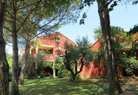 Villa in Spoltore, Italy