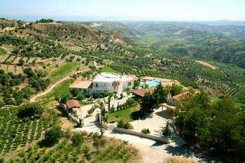 Villa in Greece, Agios Myronas: Picture 1