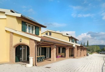 10 bedroom Villa for rent in Riparbella