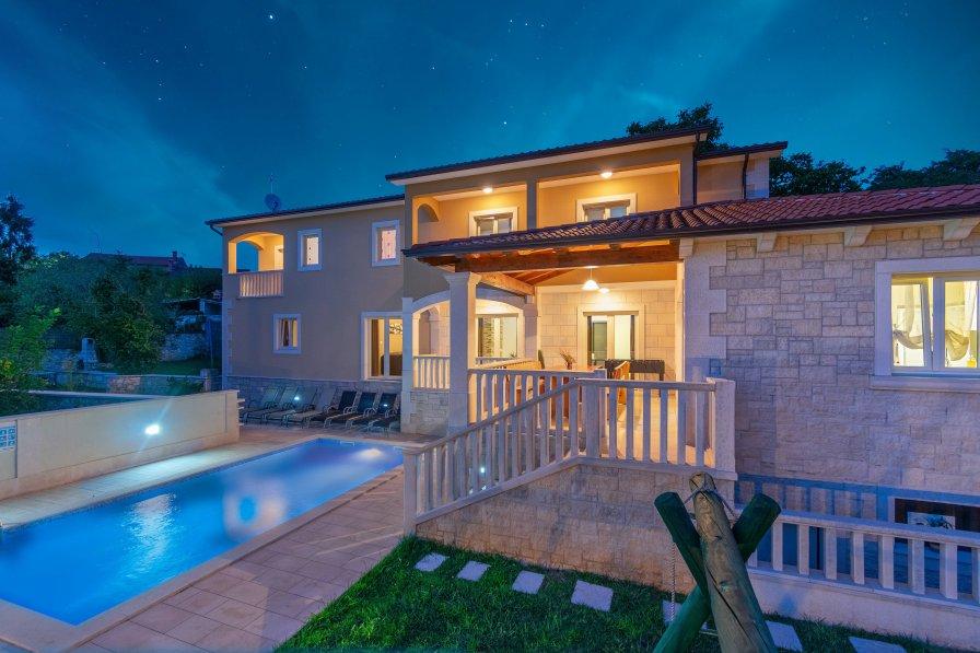 Villa in Croatia, Kringa