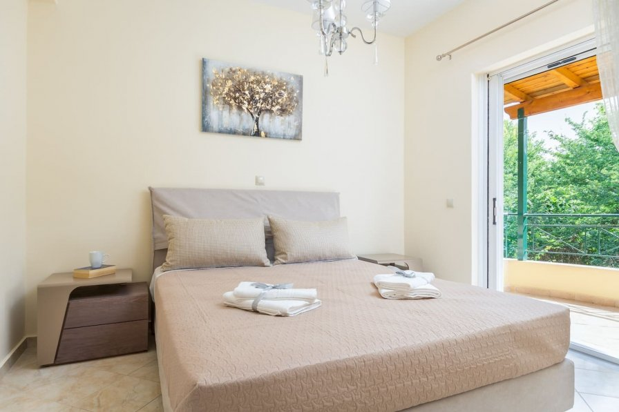 Michaels Apartment in Kampos-Alepou II